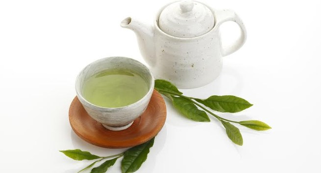 How to Use Tea to Clear Your Skin