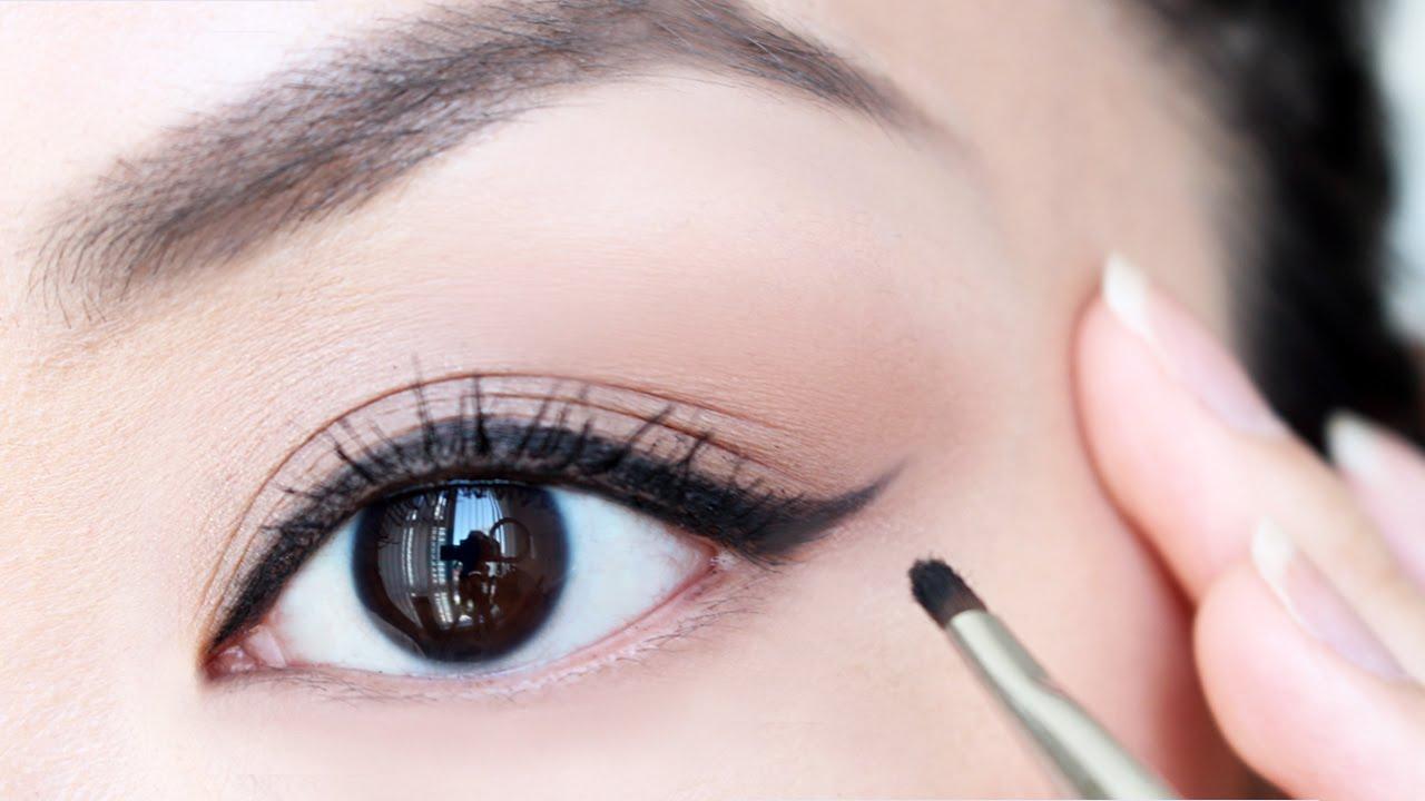 Basics of Applying Eyeliner