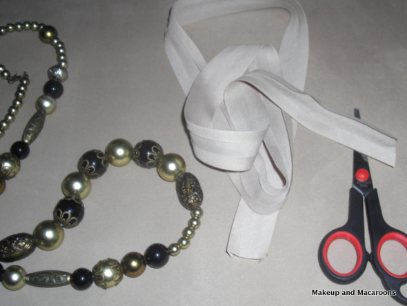 DIY bead necklace in 5 easy steps 02