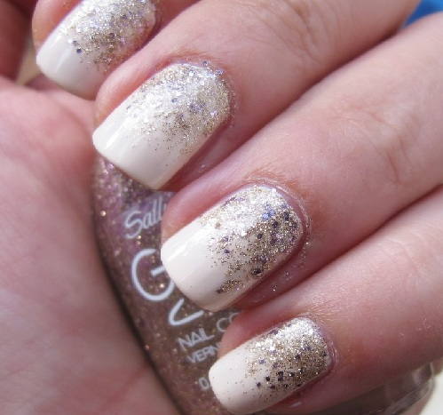 Gradient glitter nails in 4 easy steps 04
