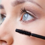 Mastering the Art on How to Apply Mascara to Lower Eye Lashes