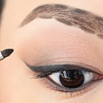 A Step by Step Tutorial – How to Fill in Your Eyebrows