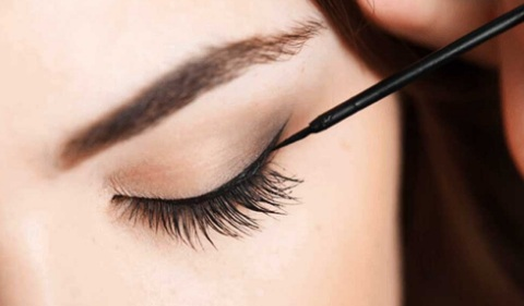 How to Create Eyeliner Styles