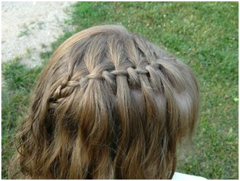 How to Make a Waterfall Braid 01